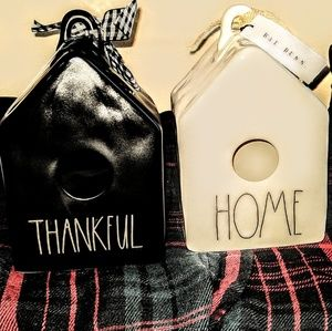 WOW! RARE RAE DUNN THANKFUL BLACK BIRDHOUSE